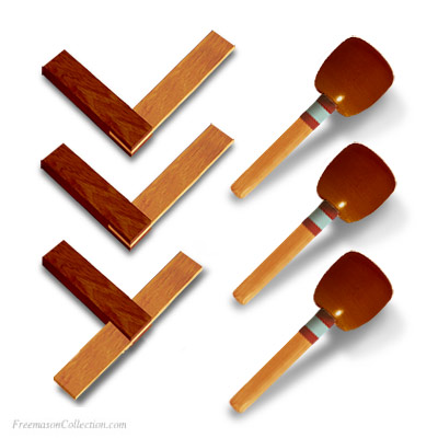 Conjunto de 3 Escuadras y 3 Mallettes Grandes. Tools for the 3 Overseers. Leather Marca edgings. Masonería,